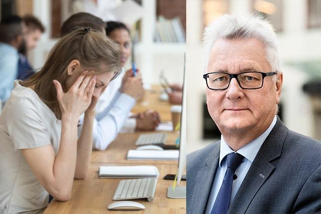 kvinna med psykisk ohälsa på ett kontor